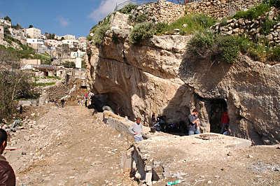Excavations_des_bains_de_Siloe_tb_031305