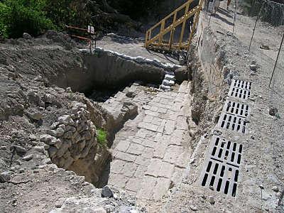 Excavations_des_marches_des_bains_de_Sil