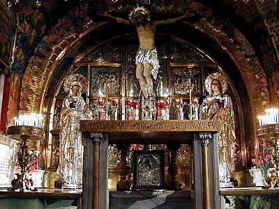 http://www.biblelieux.com/images/Saint_Sepulcre,_Golgotha_TB_N030801.jpg